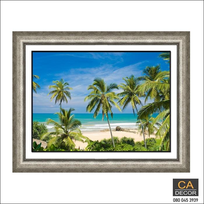 กรอบรูป ชายหาดต้นมะพร้าว